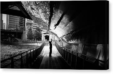 Advanced Selfie - Chicago, United States - Black And White Street Photography Canvas Print
