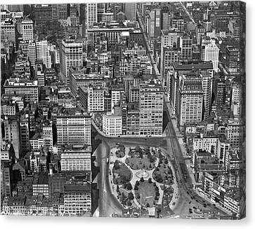 Aerial View Of Union Square Canvas Print by Underwood Archives
