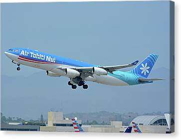 Air Tahiti Nui Airbus A340-313x F-osea Los Angeles International Airport May 3 2016 Canvas Print by Brian Lockett