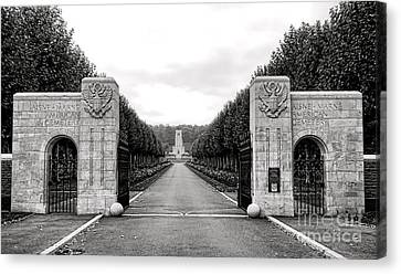 Aisne Marne American Cemetery  Canvas Print by Olivier Le Queinec