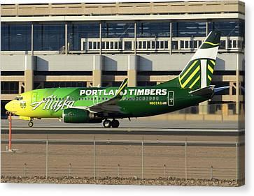 Alaska Boeing 737-790 N607as Phoenix Sky Harbor December 27 2015 Canvas Print by Brian Lockett