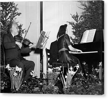 Albert Einstein Giving A Violin Recital Canvas Print by Everett