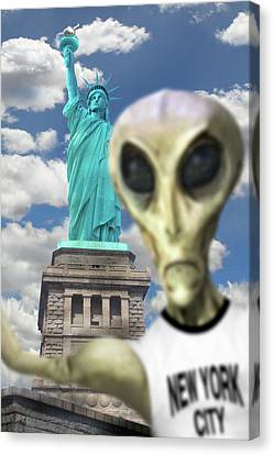 Alien Vacation - New York City 2 Canvas Print by Mike McGlothlen