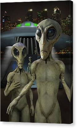 Alien Vacation - The Arrival  Canvas Print by Mike McGlothlen