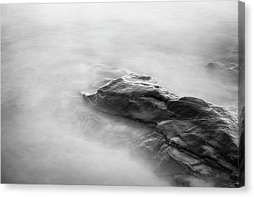 Canvas Print featuring the photograph Allens Pond Xv Bw by David Gordon