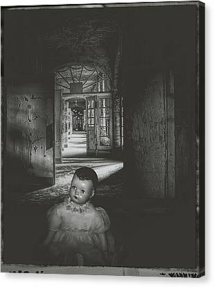 Alone In The Dark Canvas Print by Cindy Nunn