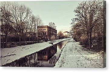 Am Zorge-ufer Canvas Print
