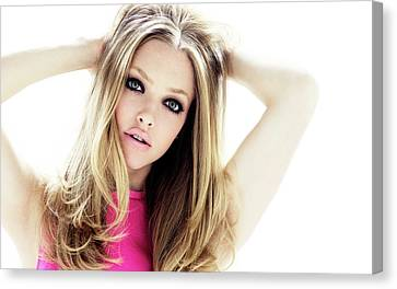 Amanda Seyfried 17 Canvas Print by F S