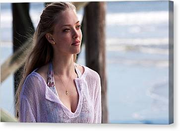 Amanda Seyfried In Dear John Canvas Print by F S