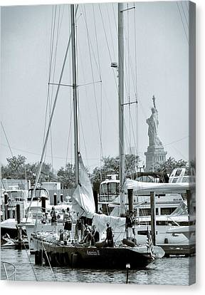 America II And The Statue Of Liberty Canvas Print by Sandy Taylor