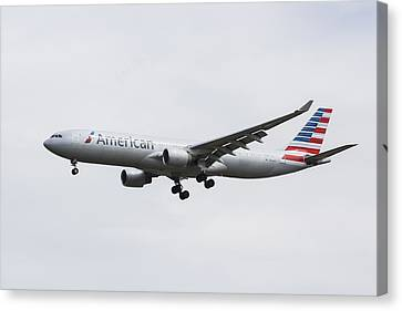 American Airlines Airbus A330 Canvas Print by David Pyatt