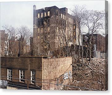 American Ghetto - The South Bronx In New York City Canvas Print