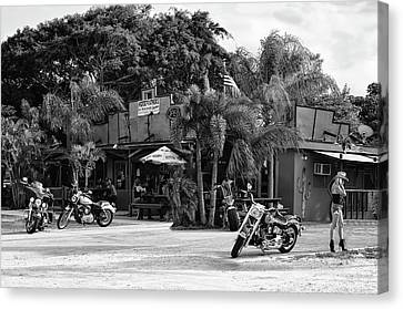Canvas Print featuring the photograph American Roadhouse Bw by Laura Fasulo