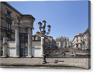 Amphitheater At Piazza Stesicoro Canvas Print by Wolfgang Steiner
