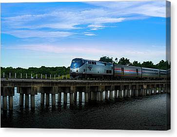 Amtrak No 25 Canvas Print by Marvin Spates