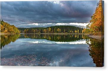 An Autumn Evening At The Lake Canvas Print