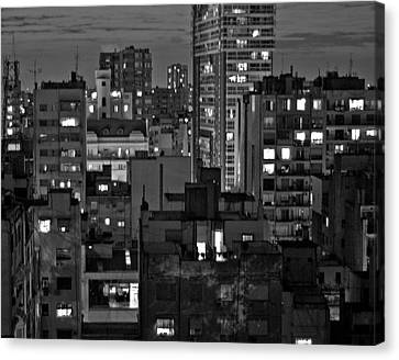 An Evening In Buenos Aires Canvas Print