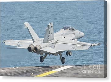 An Fa-18f Super Hornet Taking Canvas Print by Giovanni Colla