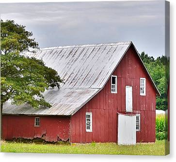 An Old Red Barn Canvas Print