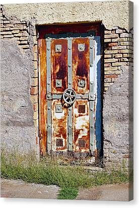An Old Rusty Door In Katakolon Greece Canvas Print