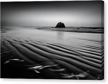 Canvas Print featuring the photograph An Oregon Morning by Jon Glaser