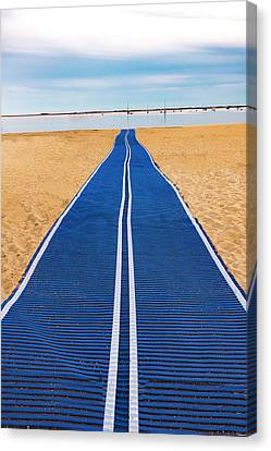 Canvas Print featuring the photograph An Uncommon Path by Paul Wear