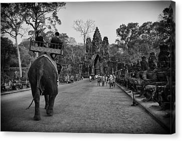 Angkor Wat Elephant Walk Canvas Print by David Longstreath