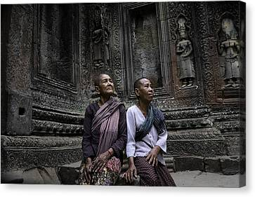 Horizontal Canvas Print - Angkor Wat Old Women 1 by David Longstreath