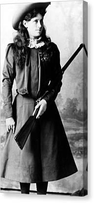 Annie Oakley, Aka Phoebe Anne Oakley Canvas Print by Everett