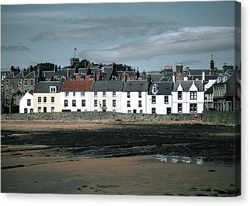 Anstruther Beach Canvas Print