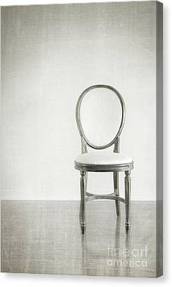 Antique Chair With Grunge Style Background Canvas Print by Sandra Cunningham