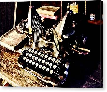 Antique Typewriter Oliver #9 Canvas Print