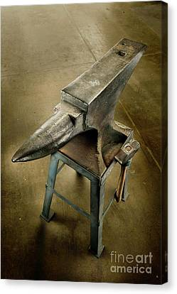 Canvas Print featuring the photograph Anvil And Hammer by YoPedro