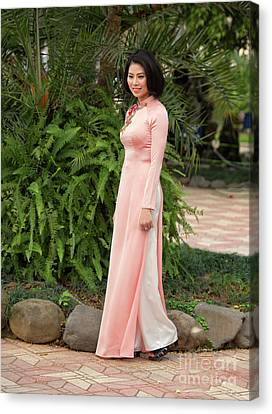 Ao Dai Fashion Hanoi  Canvas Print by Chuck Kuhn