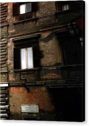 Canvas Print featuring the photograph Apartment House On Piazza Mattei In Rome by Merton Allen