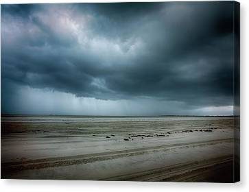 Approaching Storm On Ocracoke Outer Banks Canvas Print by Dan Carmichael