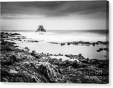 Corona Canvas Print - Arch Rock In Corona Del Mar Newport Beach California by Paul Velgos