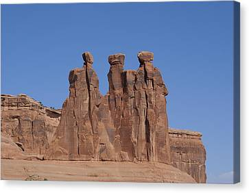 Arches National Park Canvas Print by Cynthia Powell