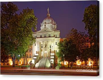 Architectural Photograph Of Mclennan County Courthouse At Dawn - Downtown Waco Central Texas Canvas Print by Silvio Ligutti