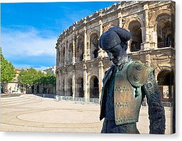Arenes De Nimes Bullfighter Canvas Print