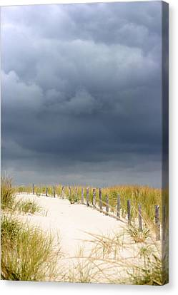 Canvas Print featuring the photograph Around The Bend by Dana DiPasquale