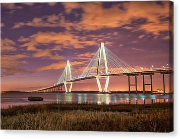Canvas Print - Arthur At Night by Donnie Smith
