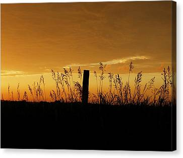 Atchison Sunset Canvas Print by Dustin Soph