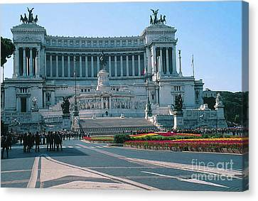 National Monument To King Victor Emmanuel II In Piazza Venezia, Rome Canvas Print by Greta Corens