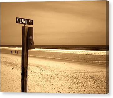 Atlantic Beach Canvas Print by Utopia Concepts