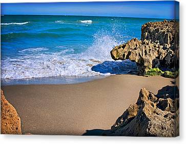 Canvas Print featuring the photograph Atlantic Beach by Robert Smith