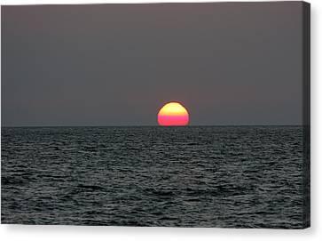 Atlantic Sunrise Canvas Print by Allan Levin