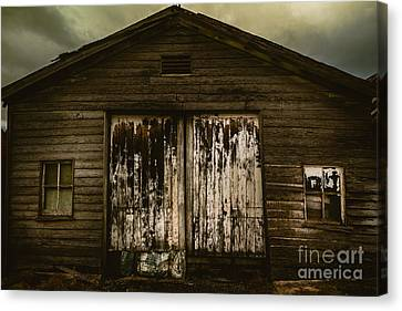 Atmospheric Farm Scenes Canvas Print by Jorgo Photography - Wall Art Gallery