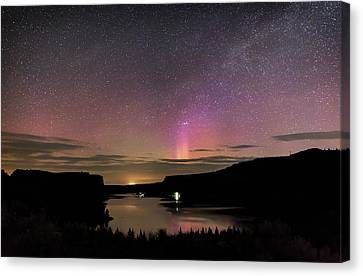 Canvas Print featuring the photograph Aurora At Lake Billy Chinook by Cat Connor