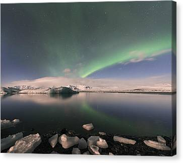 Canvas Print featuring the photograph Aurora Borealis And Reflection by Wanda Krack
